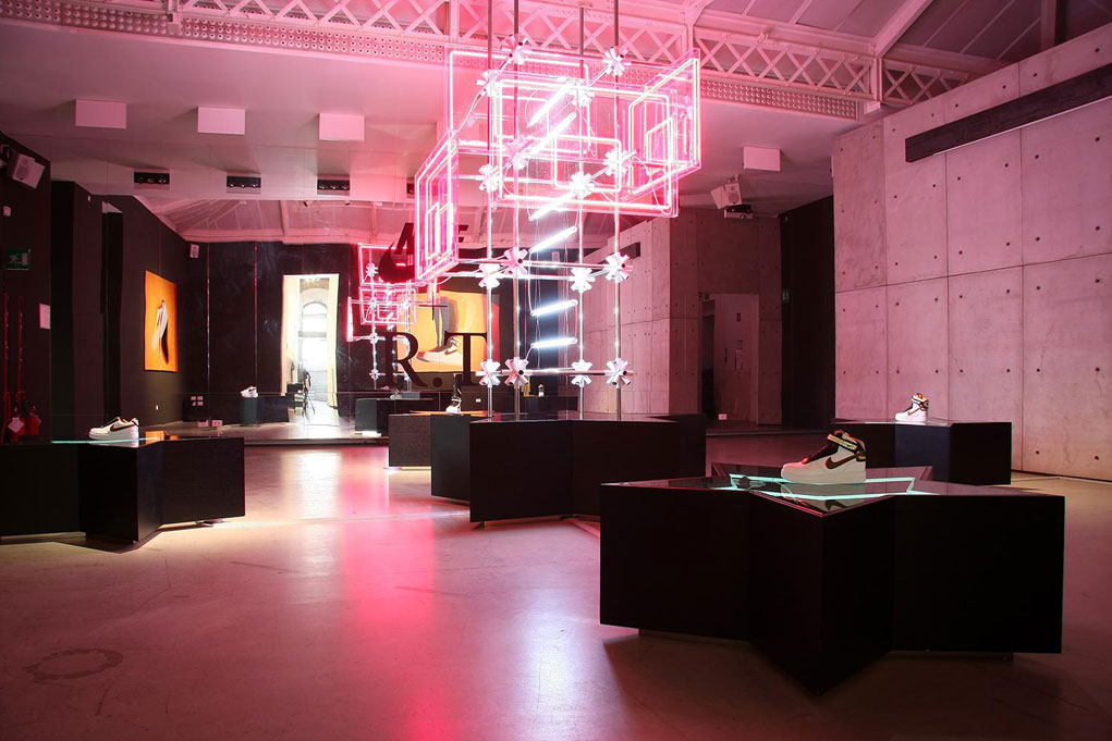 nike r t nike stadium milano visual exhibition