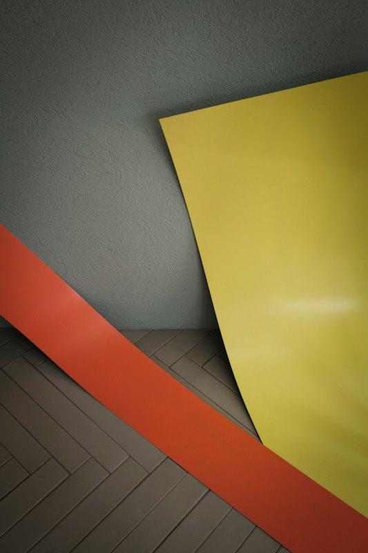 05_Paper_Tornado_Max&Co_Flagship_Store
